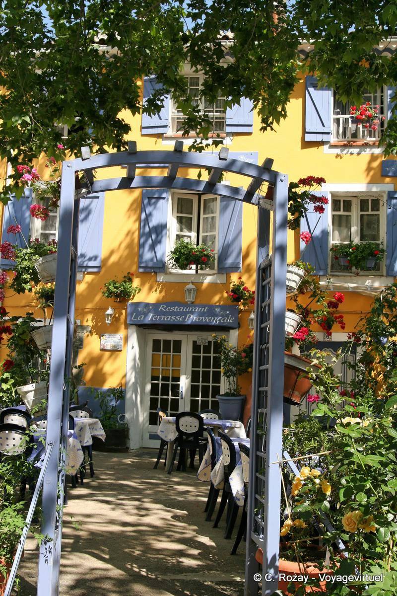 Collobrières, restaurant la Terrasse Provençale, France