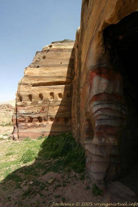 petra-wadi-el-metaha_285