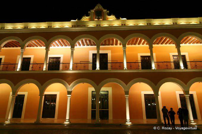 Campeche By Night Biblioteca 1