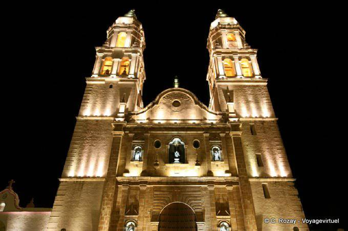 Campeche By Night Catedral 4