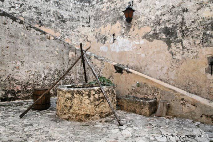 Campeche Remparts Le Puits 4