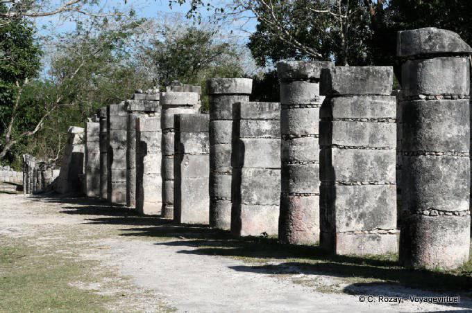 Chichen Itza Grupo De Las Mil Columnas  7