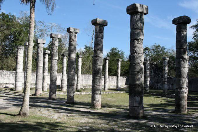 Chichen Itza Grupo De Las Mil Columnas  9