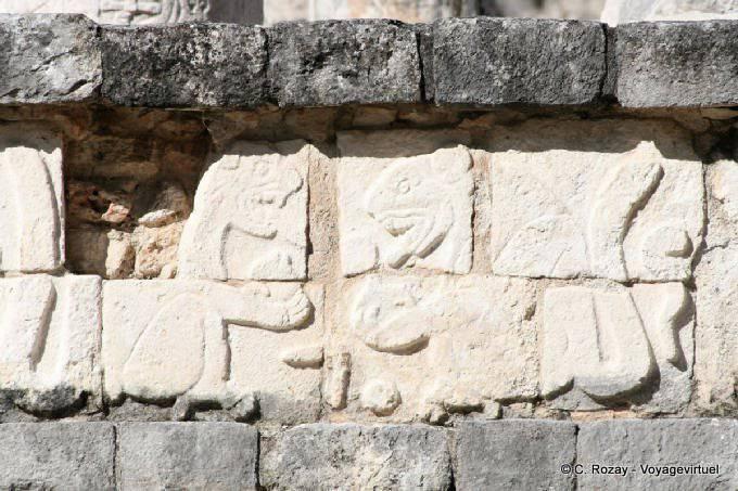 Chichen Itza Templo De Los Guerreros 24