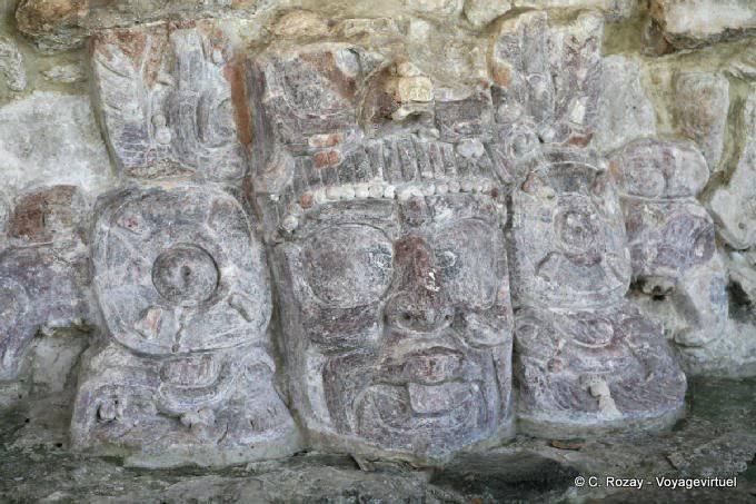 Edzna Templo De Mascarones Dieu Soleil Levant 10