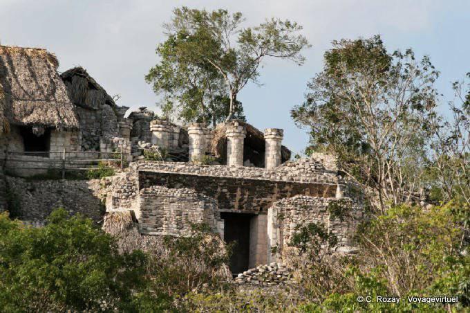 Ek Balam Acropolis Templo Pillars 67