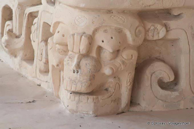Ek Balam Jaguar Altar Skull Sculpture 30