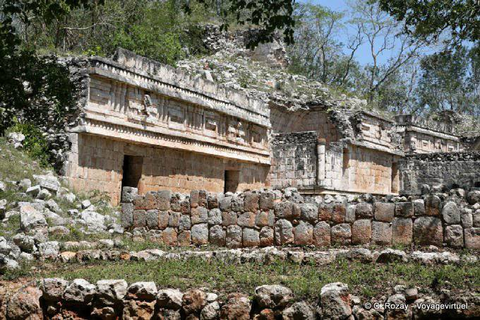Labná, edificio de las columnas 4