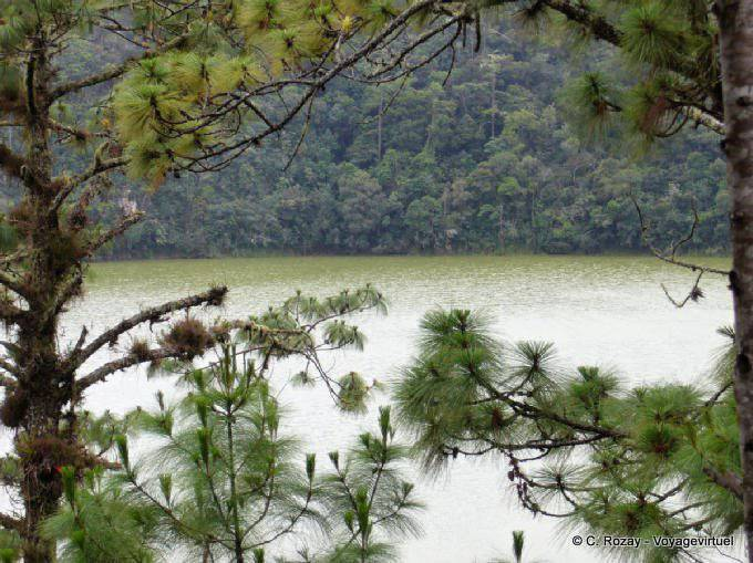 Lagunas De Montebello Laguna Esmeralda 21