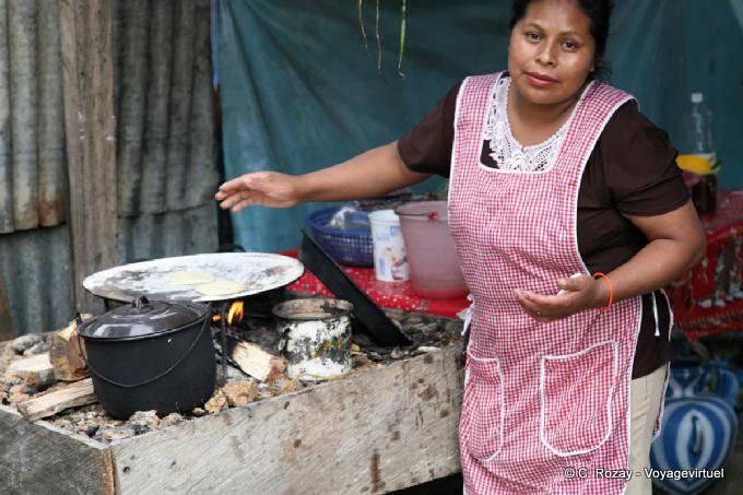 Lagunas De Montebello Tortillas Sur Feu De Bois 10