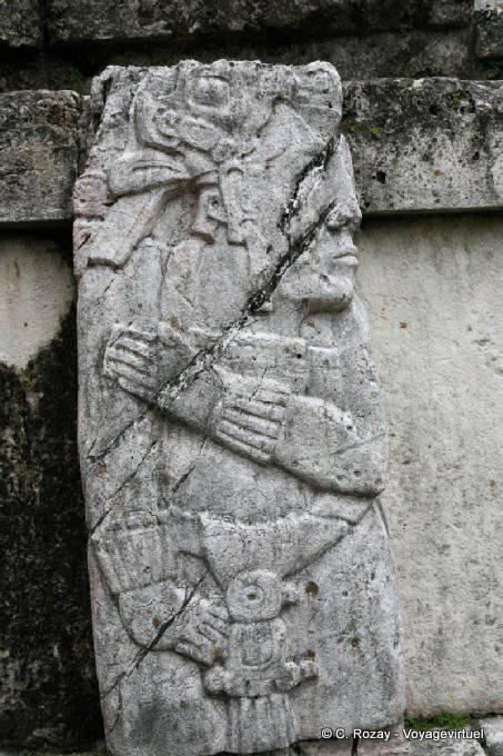 La Palacio de Palenque, El Palacio 16