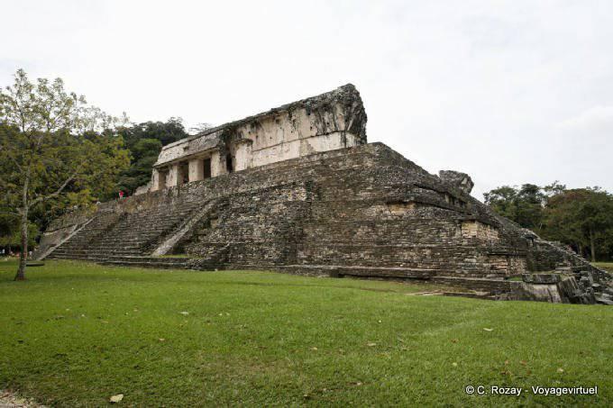 La Palacio de Palenque, El Palacio 36