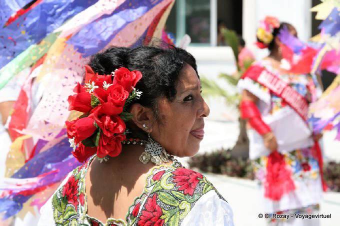Puerto Morelos Danseuse Qui Tire La Langue 58