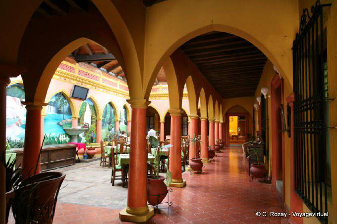 San Cristobal De Las Casas Patio 1