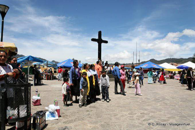 San Cristobal De Las Casas Plaza Catedral La Croix 1