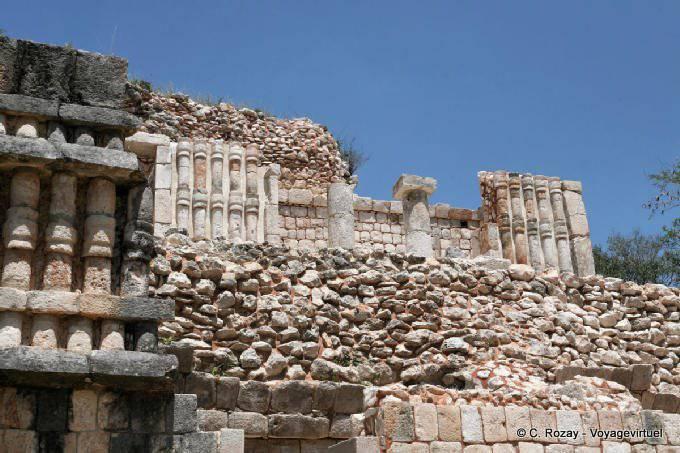 Sayil Palacio Norte Colonnades 8