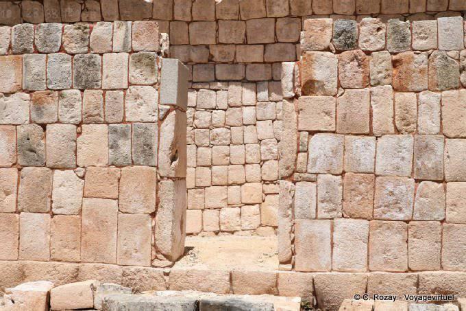 Sayil Palacio Norte Murs De Pierres 10