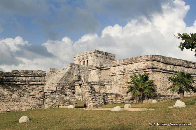 Tulum Site El Castillo