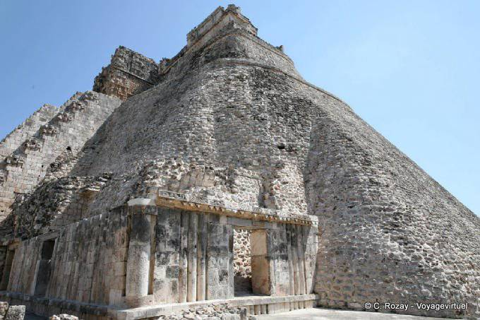 Uxmal Adivino Pyramide Du Devin 10