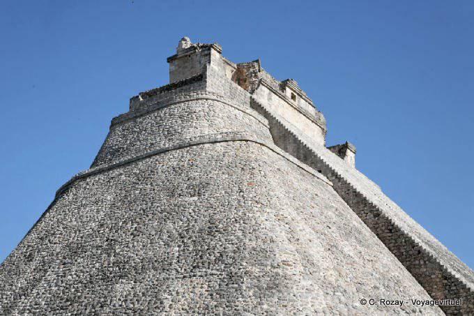 Uxmal Adivino Pyramide Du Devin 4