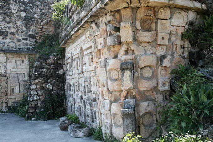 Uxmal Grande Pyramide Temple Des Perroquets Angle 16