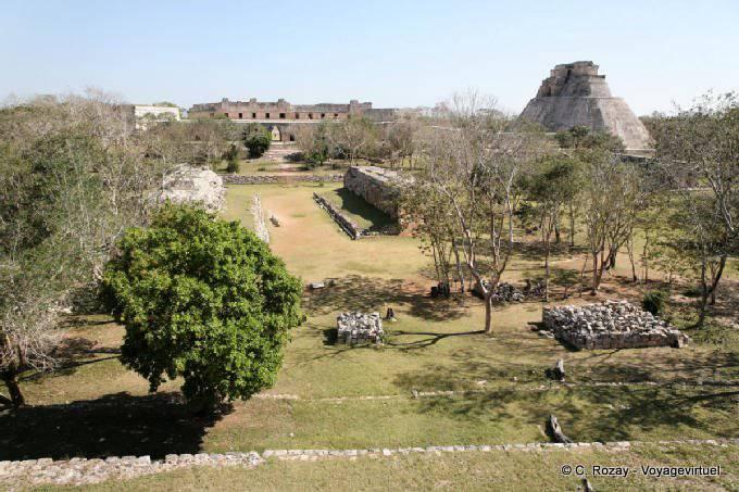 Uxmal Panorama Sur Jeu De Pelote 8
