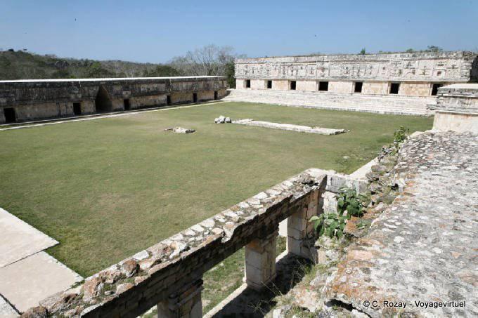 Uxmal Quadrilatere Des Nonnes Cudrangulo De Las Monjas 37