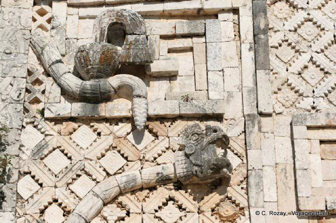 Uxmal Quadrilatere Des Nonnes Serpent 6