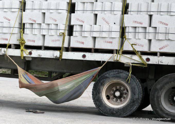 Yucatan Sieste Et Camion 23