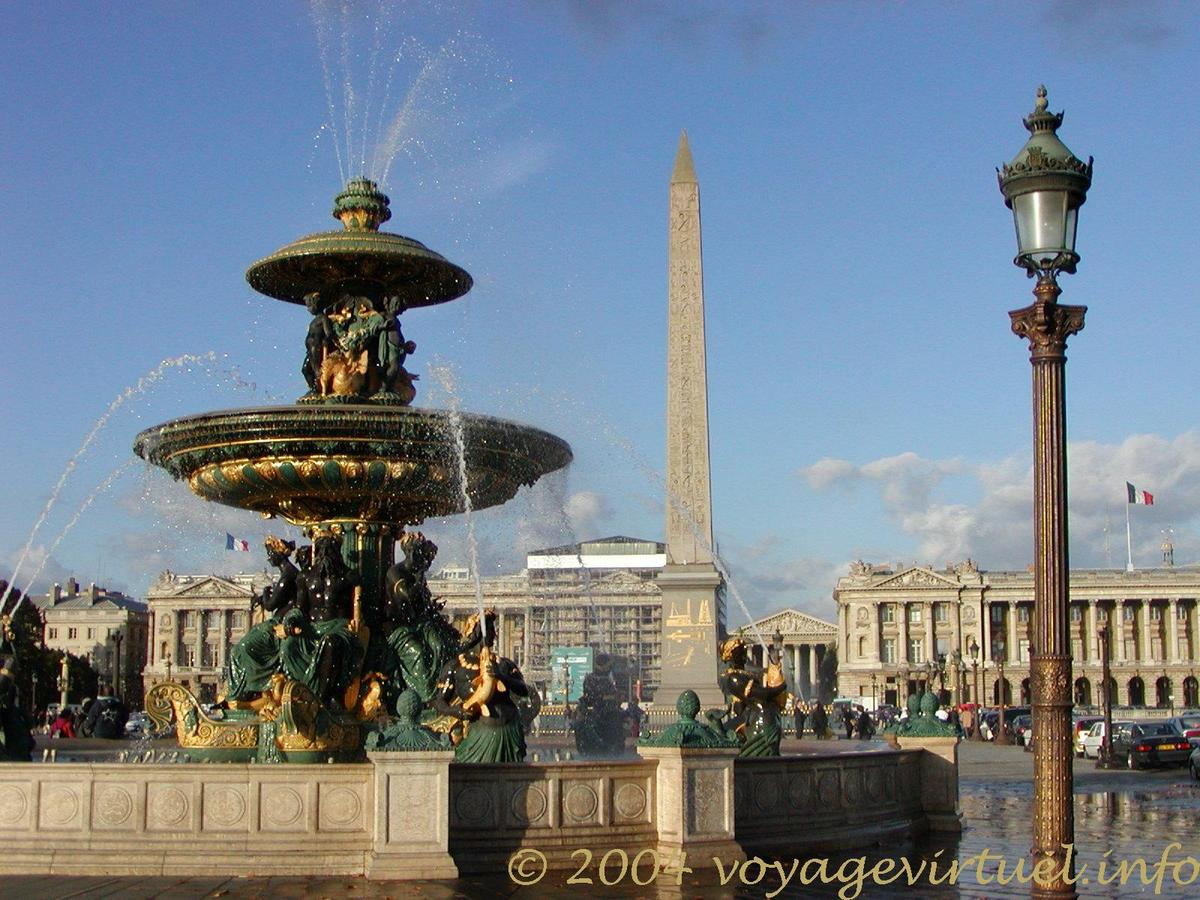 Job dating place de la concorde