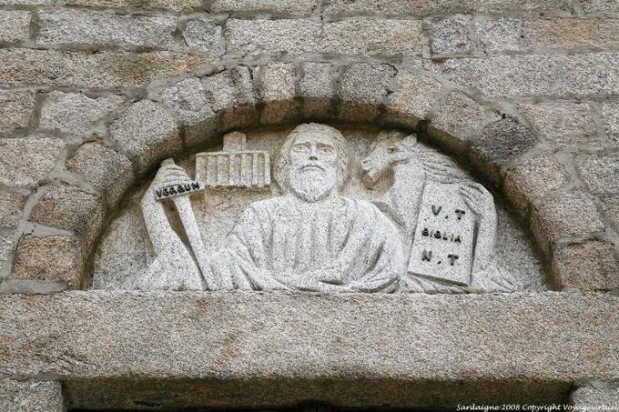 Olbia San Paolo Apostolo Detail De Facade 45 - Sardaigne dans IMMAGINI (DI SAN PAOLO, DEI VIAGGI, ALTRE SUL TEMA) olbia-san-paolo-apostolo-detail-de-facade-45